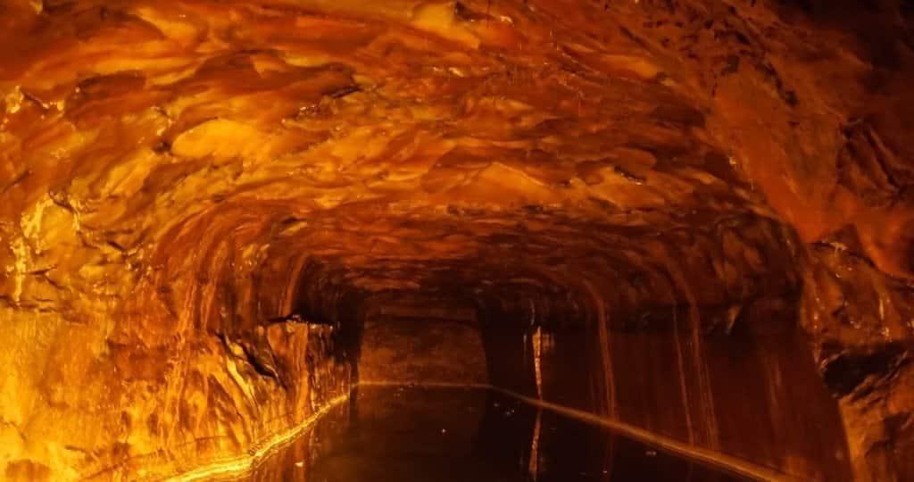 grotte sel himalaya